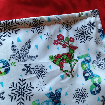 Christmas Table Runner using Joy and Peace fabric