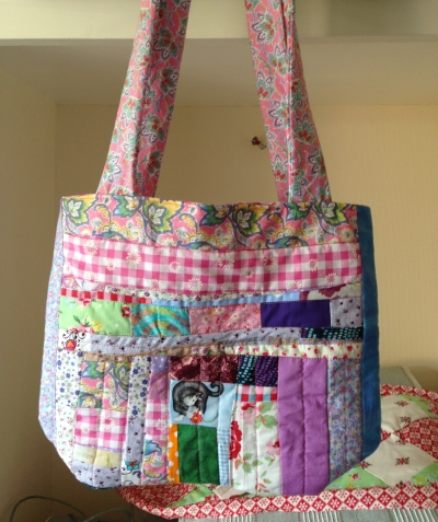 Patchwork Tote in Scrappy fabrics with matching fabric handles