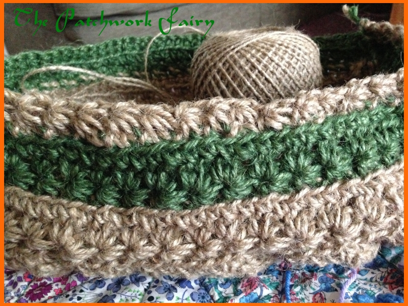 Twine basket in green and natural twine