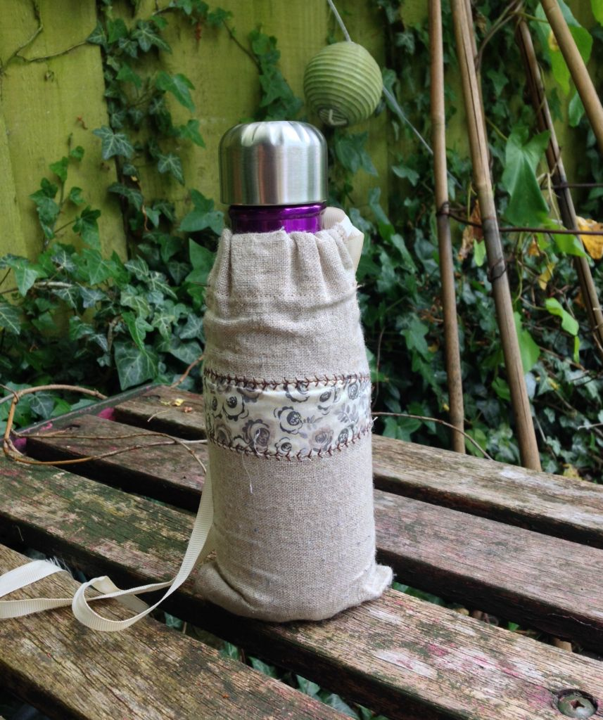 Linen water carrier