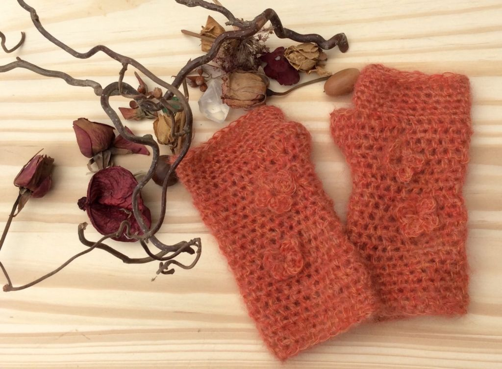 Crochet gloves - russet colour